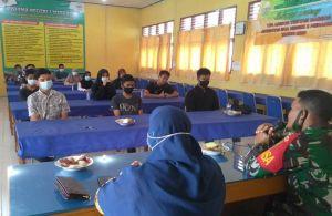 Sambangi Sekolah, Babinsa Koramil 420-08/Tabir Sosialisasikan Penerimaan Prajurit TNI AD