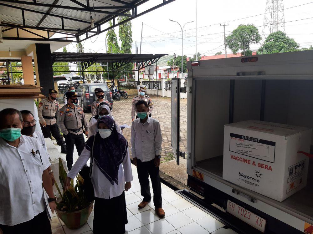 Teng !!! Ribuan Dosis Vaksin Tiba Lebih Awal di Batanghari