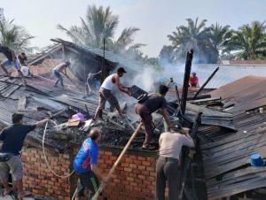 Rumah Pasutri di Merlung Hangus Terbakar