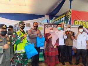 Bupati Masnah Cek Kesiapan Pos Pengamanan dan Penyekatan Lebaran di Kelurahan Tempino