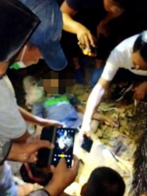 Warga Desa Pelayangan Temukan Mayat Pria Tergantung di Pohon Cempedak