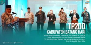 Fadhil Arief Dikukuhkan sebagai Ketua TP2DD Kabupaten Batanghari oleh Wagub Jambi